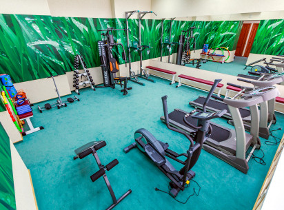 Our guests can relax and keep good physical form. A modern comfortable fitness center is opened in the Vyatka hotel.