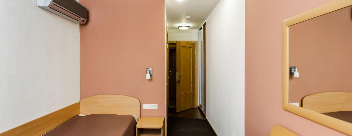 Номер в гостинице Одноместный стандарт (1 кат.)