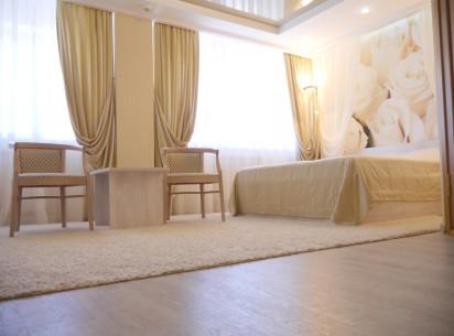 Все летние выходные для Вас действуют супер цены на проживание в комфортабельных номерах Гостиницы «Вятка»