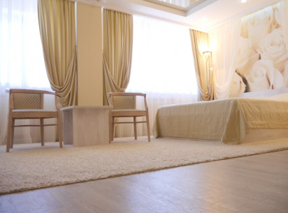 All summer weekends You have super prices on accommodation in comfortable rooms of the Hotel Vyatka.